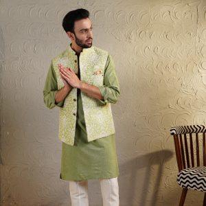 Thread work jacket with monotone kurta
